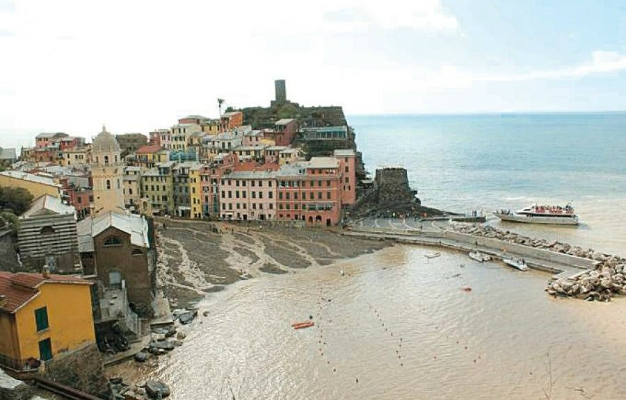 wpid-15532_403_RichardRogerseRenzoPianorestauroVernazza.jpg