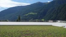 Un edificio industriale coperto a verde estensivo in Trentino
