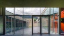 Il vetro nell'edilizia scolastica: le linee guida per sicurezza e efficienza