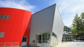 Una parete ventilata dalle elevate prestazioni per le Piscine dello Stadio di Terni