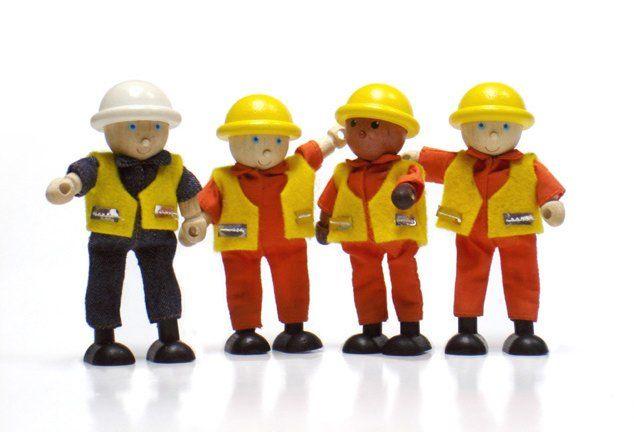 wpid-265_constructionworkers.jpg