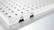 Acustica, comfort termico e design con il nuovo pannello radiante fonoassorbente a soffitto