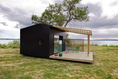 wpid-9679_minihouse.jpg