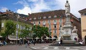 wpid-BolzanoPiazzaWalther.jpg