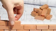 Se il permesso di costruire è annullato, la sanzione pecuniaria è una eccezione